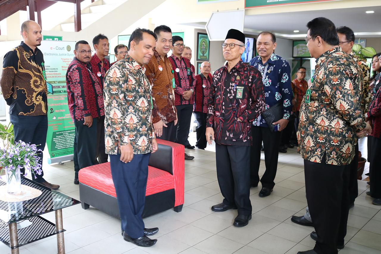 Kunjungan Yang Mulia Ketua Pengadilan Tinggi Pekanbaru