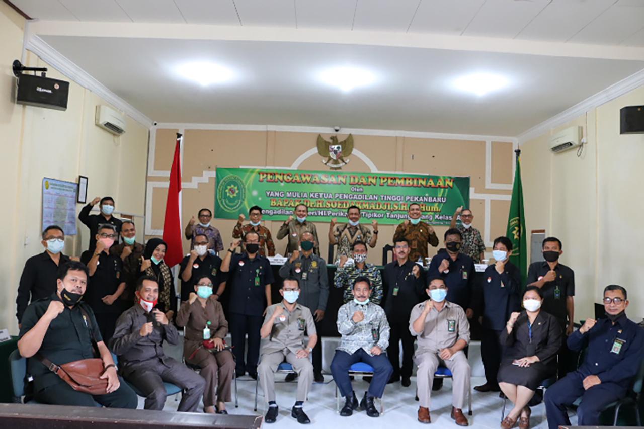 Kunjungan Kerja YM Bapak Ketua Pengadilan Tinggi Pekanbaru